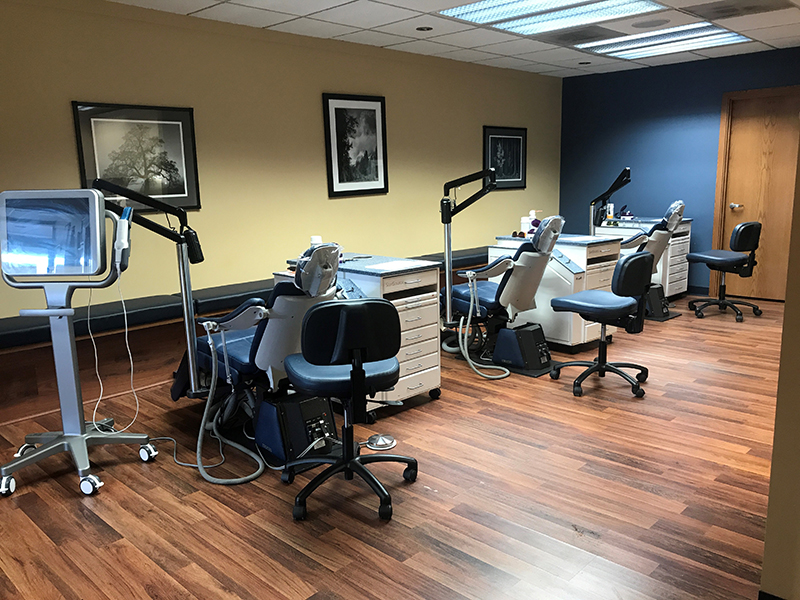 Dr. Chorak's state of the art orthodontist equipment | Fairwood Washington office.